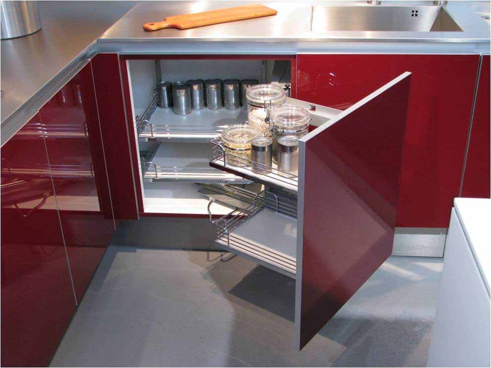 Clever storage solutions for small kitchens seyie design - Clever storage solutions small spaces style ...